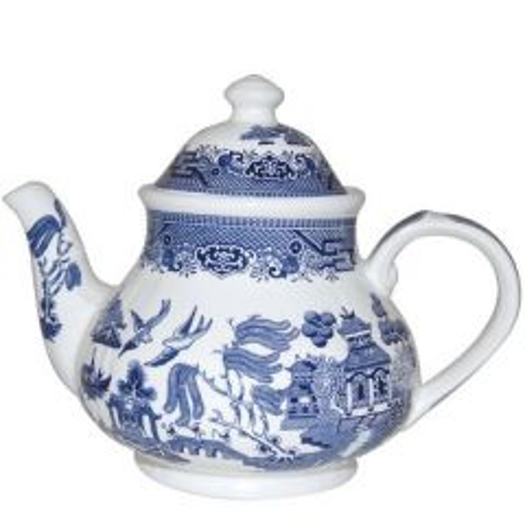 Churchill Willow Pattern Teapot Georgian Shaped 42oz / 120cl