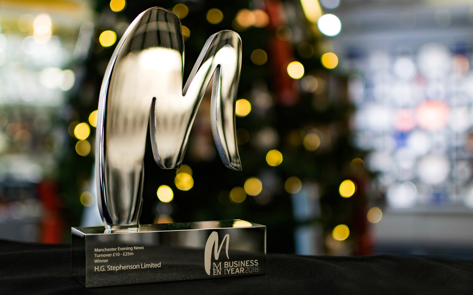 Stephensons were proud to accept the 2018 MEN Business of the Year Award in the £10-25m turnover category
